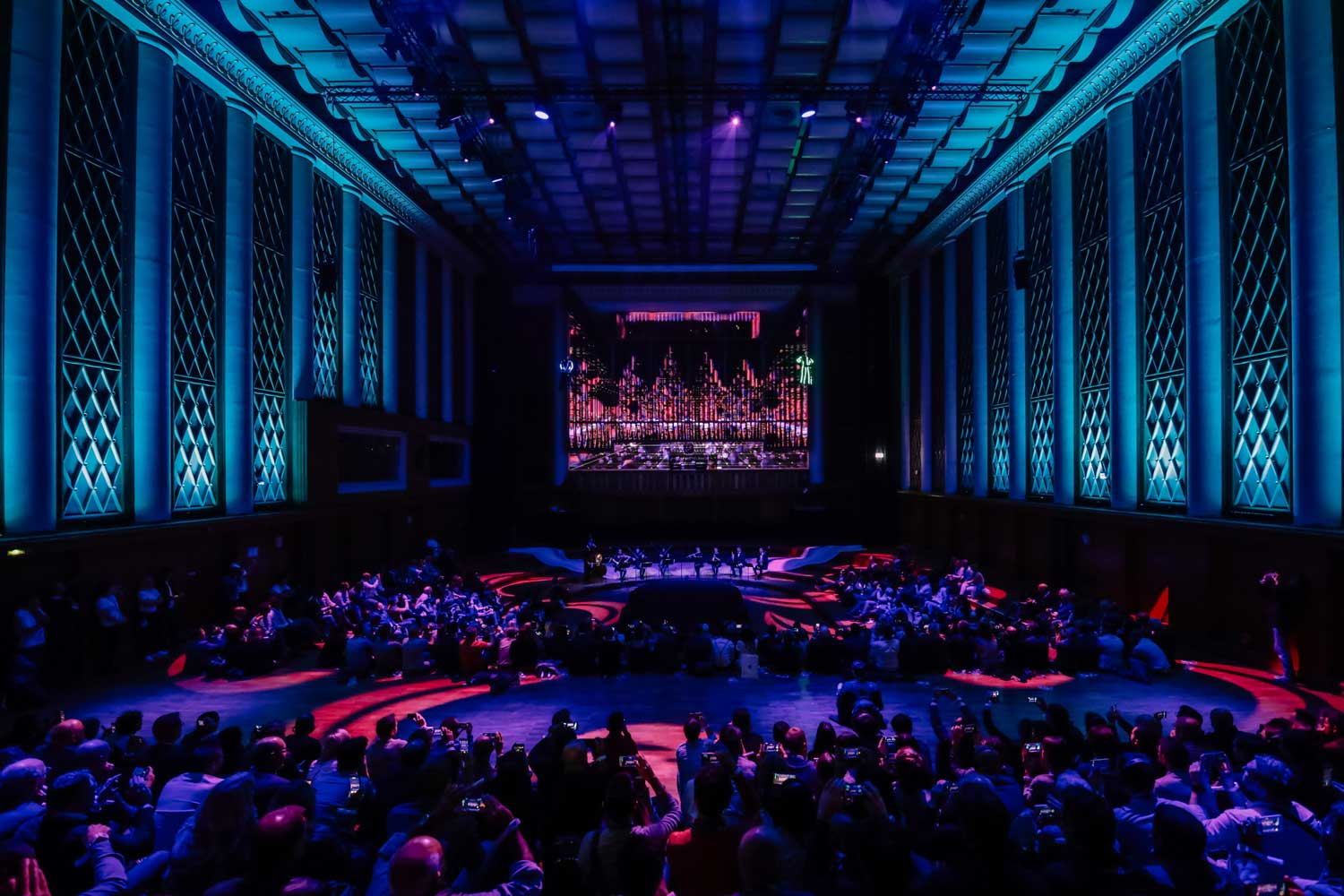 Immersive Show-Zeiss-videomapping-DrawLight