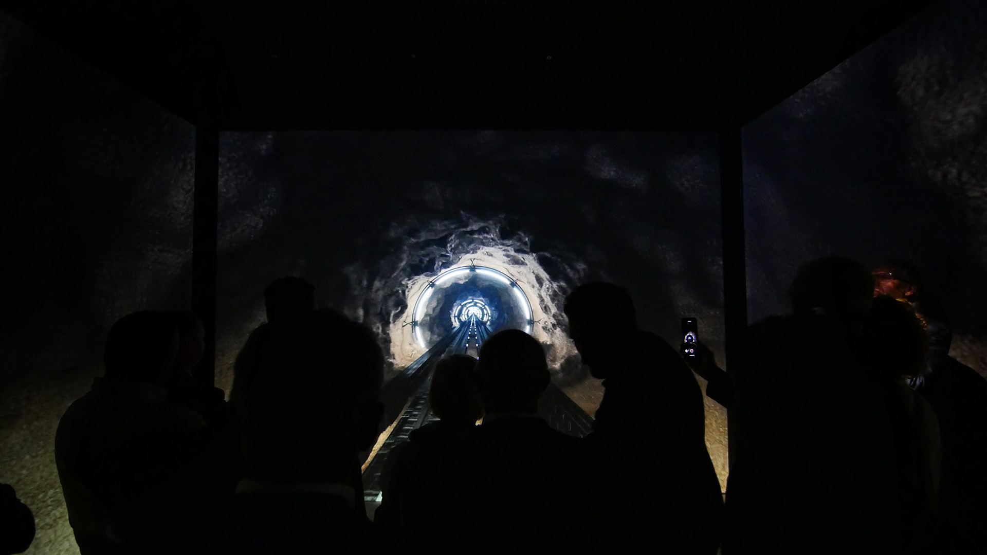 MelindaGoldenTheatre- Esperienza Immersiva - Tunnel